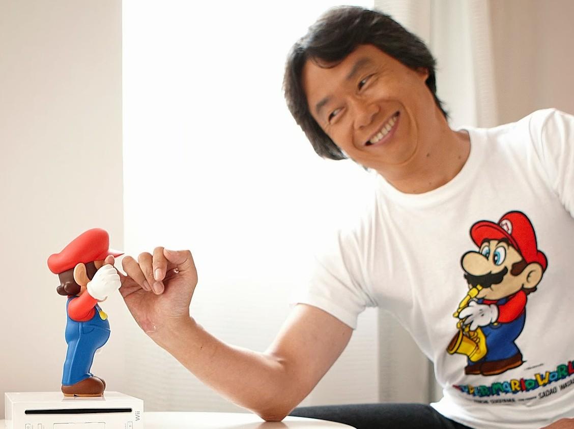 Shigeru Miyamoto e seu grande personagem, Mario