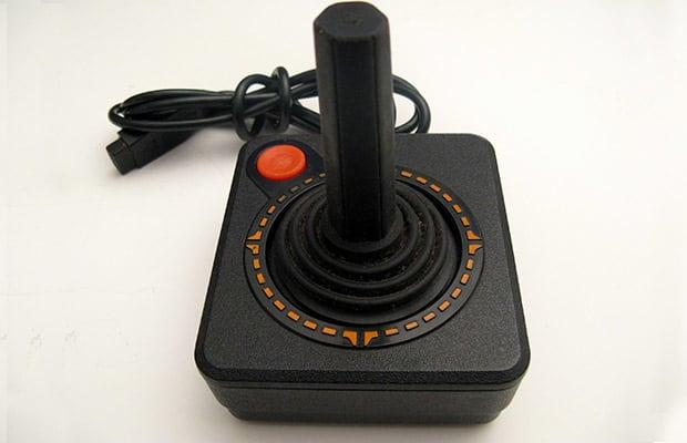 Joystick do Atari 2600, manche com botão