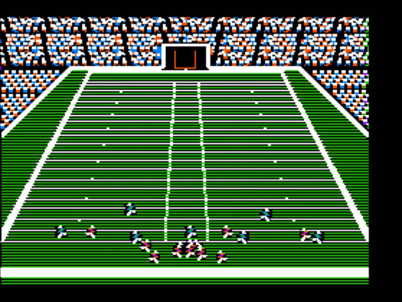 Primeiro jogo do Madden rodando em um Apple 2
